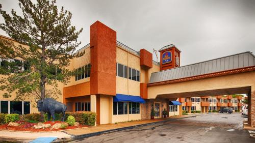 Best Western PLUS Lawton Hotel and Convention Center Photo