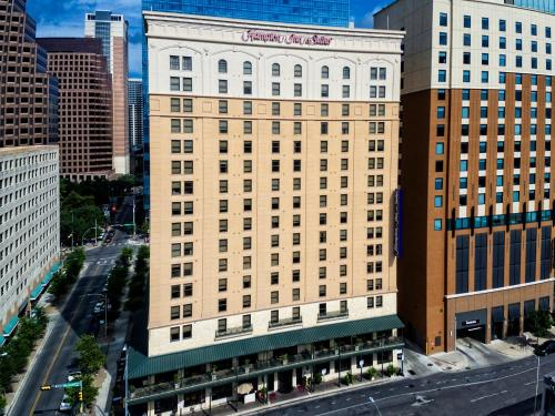 Hampton Inn and Suites Austin-Downtown Photo