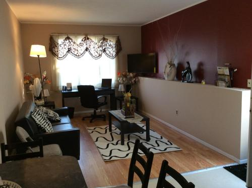 Hylan Apartment Photo