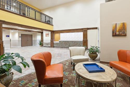 Days Inn and Suites Sulphur Springs Photo