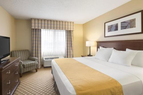 Country Inn & Suites by Carlson - Owatonna Photo