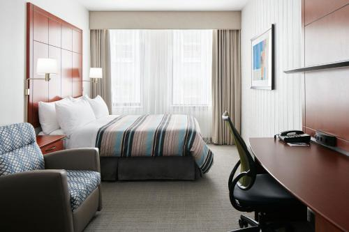 Central Loop Hotel - Chicago, IL 60603