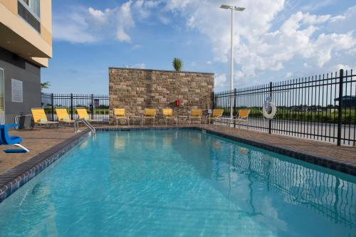 Fairfield Inn & Suites by Marriott Panama City Beach Photo