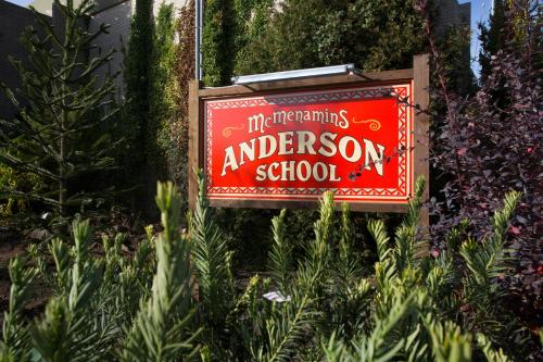 McMenamins Anderson School Photo