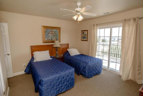 Bermuda Breeze D Holiday Home Photo