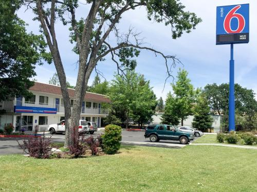 Cheap Yreka Ca Motels From 44 Night Motel Reservations