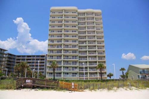 Tradewinds 505 Photo