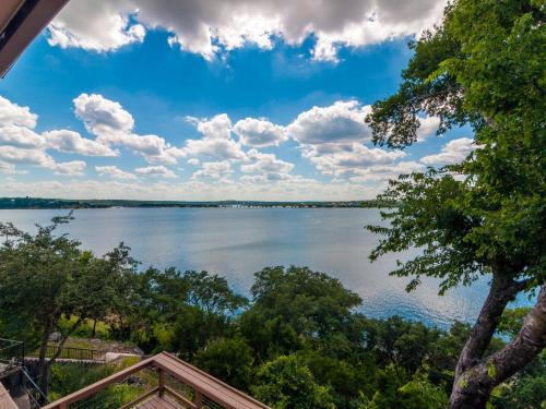 Bella Lago Vista At Canyon Lake Photo