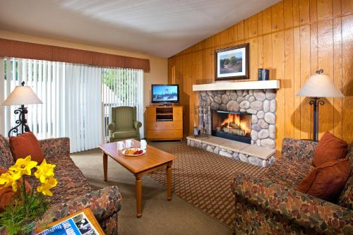 Lake Arrowhead Chalets Photo