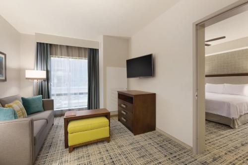 Homewood Suites by Hilton Pittsburgh Downtown Photo