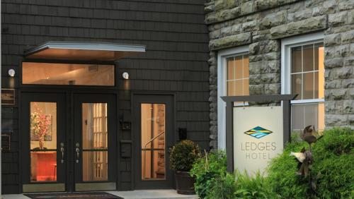 Ledges Hotel Photo