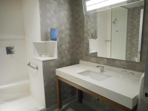 Courtyard by Marriott Quebec City Photo