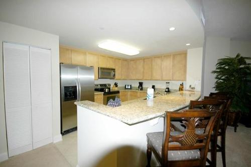 Aqua Beachside Resort 1801 Condo Photo