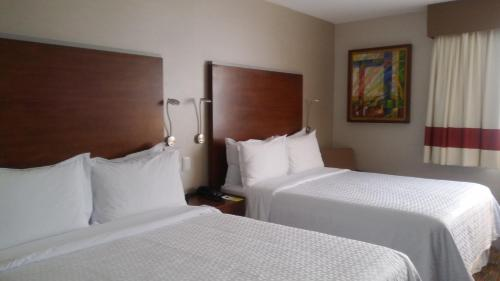 Four Points by Sheraton Queretaro Norte Photo