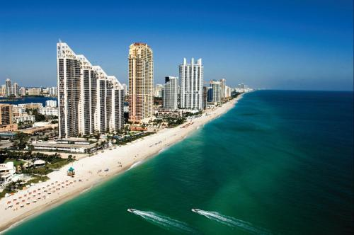 Apartments in Sunny Isles Beach Photo