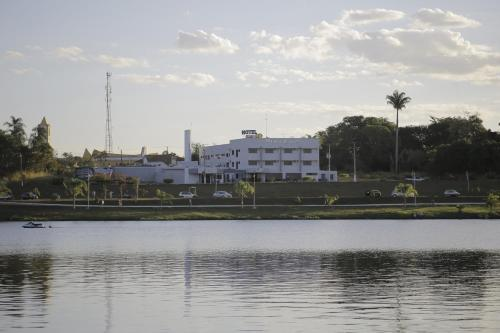 Beira Lago Palace Hotel Photo