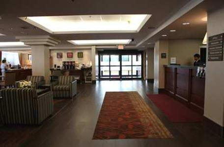 Hampton Inn Toronto-Mississauga Photo