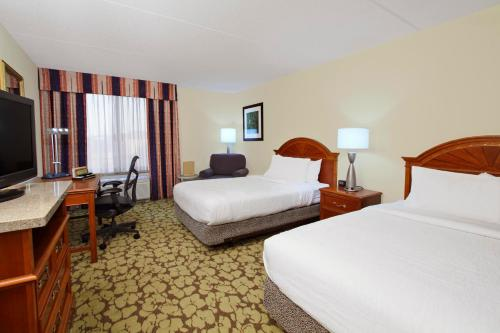 Hilton Garden Inn Chesapeake Photo