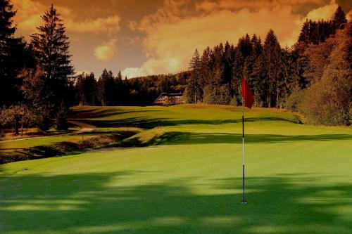 Dependence Hotel Golf