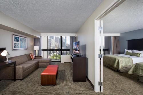 Staybridge Suites Atlanta - Midtown Photo