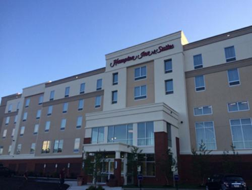 Hampton Inn & Suites Mason City, IA Photo