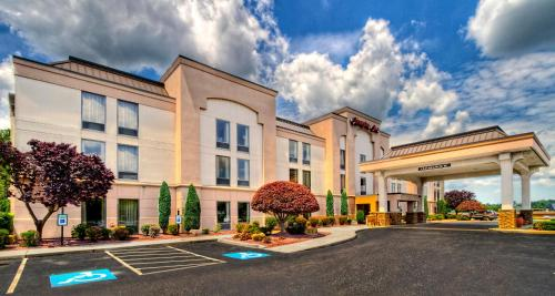 Hampton Inn Greensburg Photo