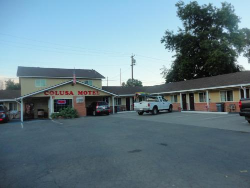 Colusa Motel Photo