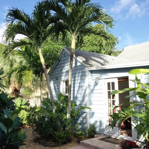 Coco Palm Cottage Photo