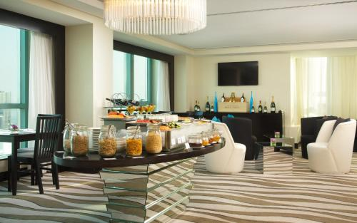 Sofitel Abu Dhabi Corniche photo 47