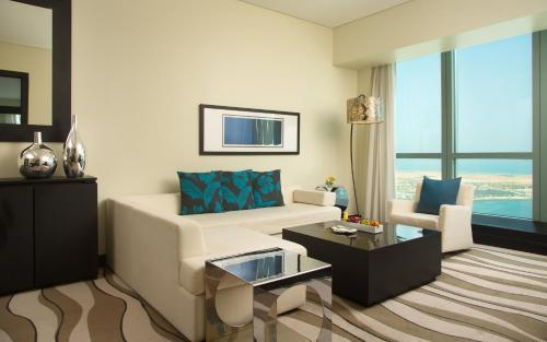 Sofitel Abu Dhabi Corniche photo 55