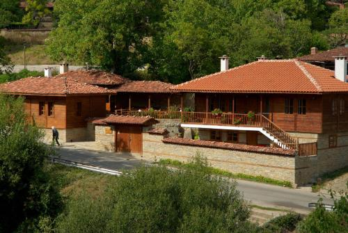 Old Mountain Legend Guest House, Zheravna