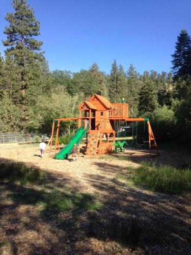 Pine Knot Guest Ranch Photo