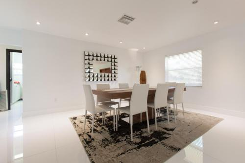 Villa in Sunny Isles Beach Photo