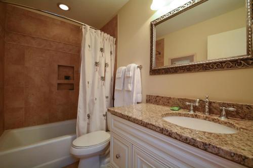 4572 Parkside Villa Photo
