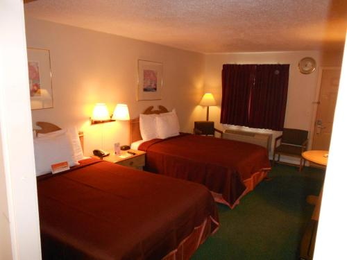 Howard Johnson Express Inn – Bakersfield