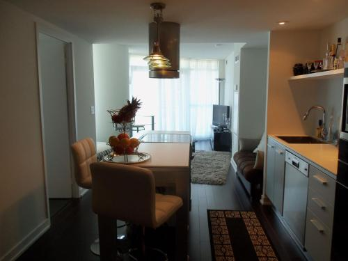 2Brdm Boutique Harbourfront Condo Photo