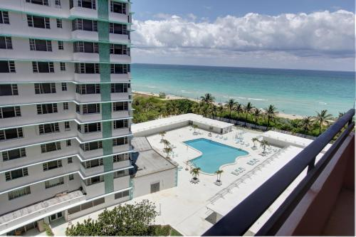 Private Apartments by South Florida Vacations Photo