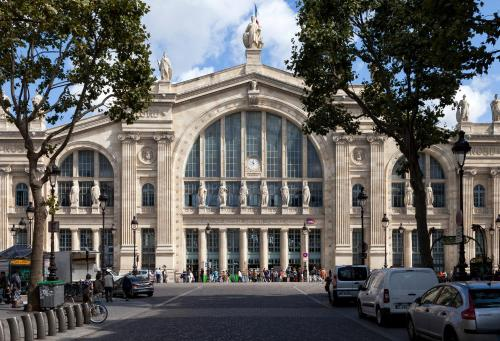 Kyriad Paris 10 - Gare du Nord photo 36