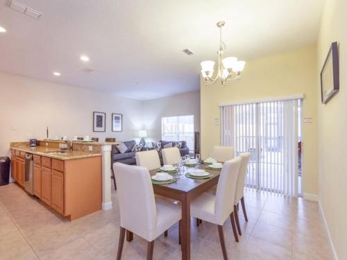 Paradise Palms Townhome 1647 Photo