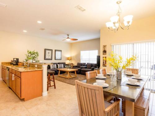 Paradise Palms Townhome 1654 Photo