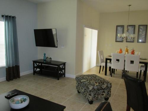 Paradise Palms Townhouse 2420 Photo