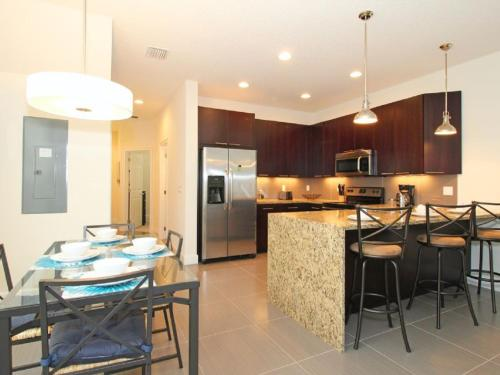 Serenity Townhome 1700 1700 Photo
