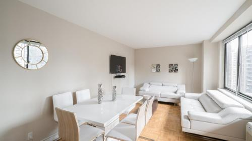 The Ideal 2 Bedroom Getaway by Central Park UWS Photo