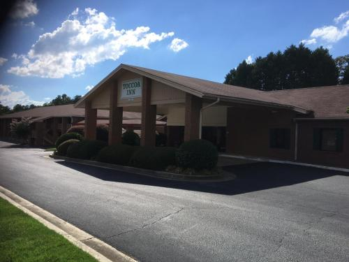 Toccoa Inn & Suites Photo