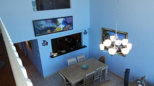 Miami Beach Oceanfront for up to 8 people Photo