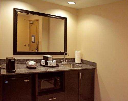 Hampton Inn Butler Photo