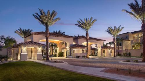 Sonoran Suites Scottsdale at San Milan Photo