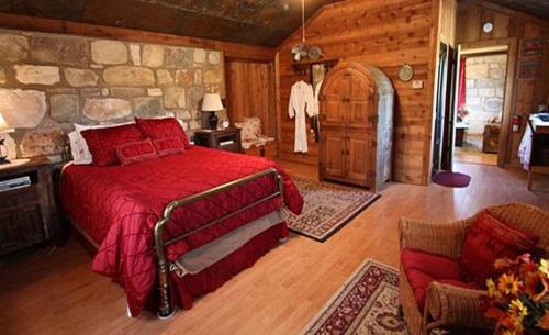 A Barn at the Quarry - Gold Country Suite Photo