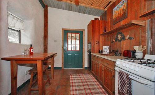 The Willows - Sonora Cottage Photo