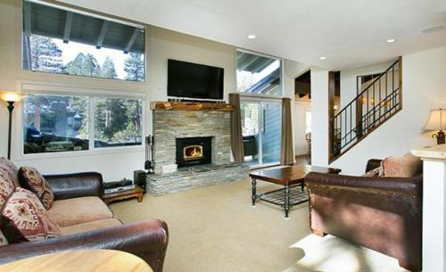 Mammoth Slopes Townhome 204 Photo